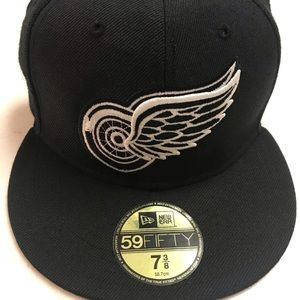 Detroit Red Wings New Era Fitted Hat